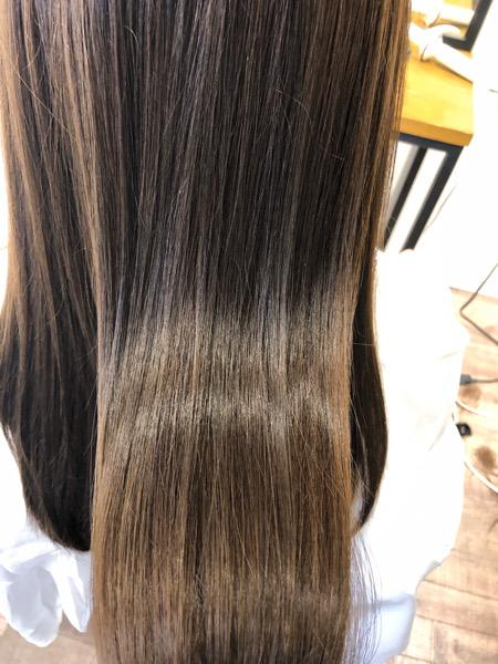 大分県別府市 ハイトーンのヘアカラーでもオッジィオットトリートメントとの組み合わせで艶髪カラー アフター ツヤ