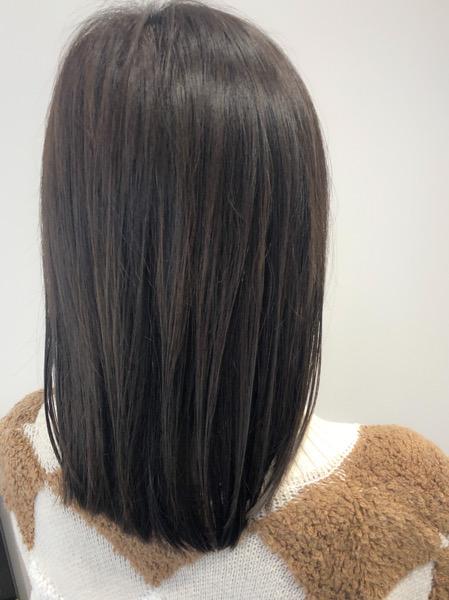 大分県別府市 カーキグレージュの艶髪ヘアカラー アフター