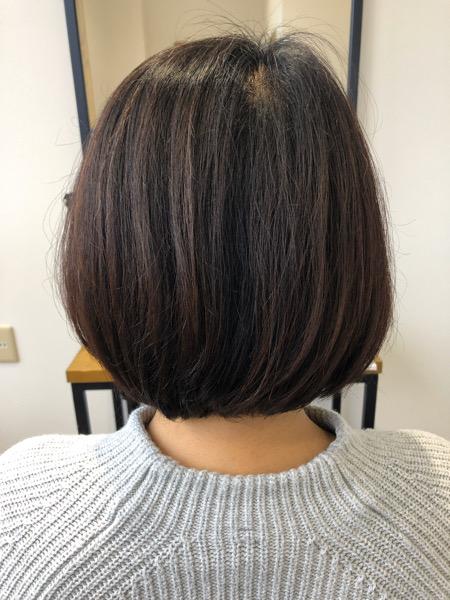 大分県別府市 ボリュームのあるボブスタイルを自然な縮毛矯正で綺麗なシルエットのショートボブスタイル ビフォー 後ろ