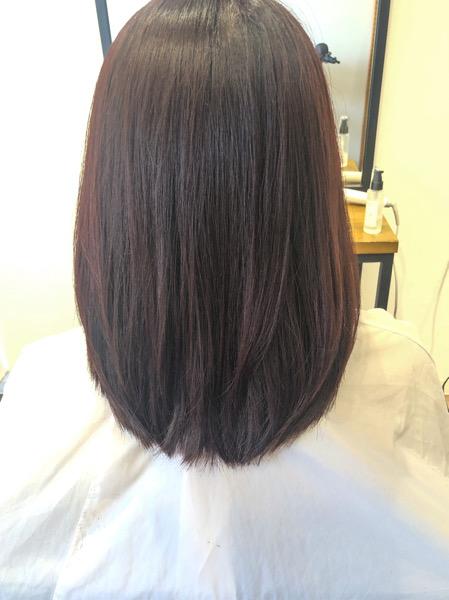 大分県別府市 ロングからミディアムにばっさりカット!【ピンクローズ】の艶髪ヘアカラー アフター