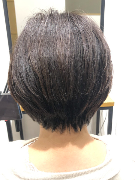 大分県別府市 くせ毛、多毛で膨らむ髪の毛をカットだけでボリュームを抑える方法 アフター