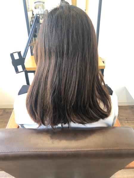 大分県別府市 黒っぽいけど黒じゃないヘアカラー『ダークグレー』の黒髪風カラー ビフォー