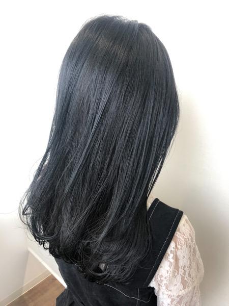 大分県別府市 黒く見えるけど黒じゃない【ダークブルーグレー】のヘアカラー アフター