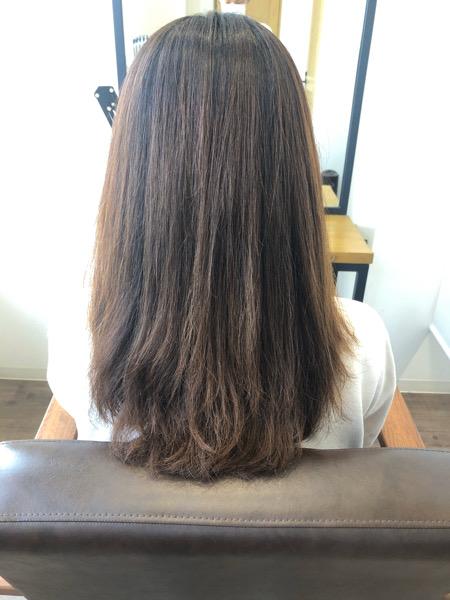 大分県別府市 大人っぽいピンク系ヘアカラー『ピンクローズ』の艶髪カラー ビフォー