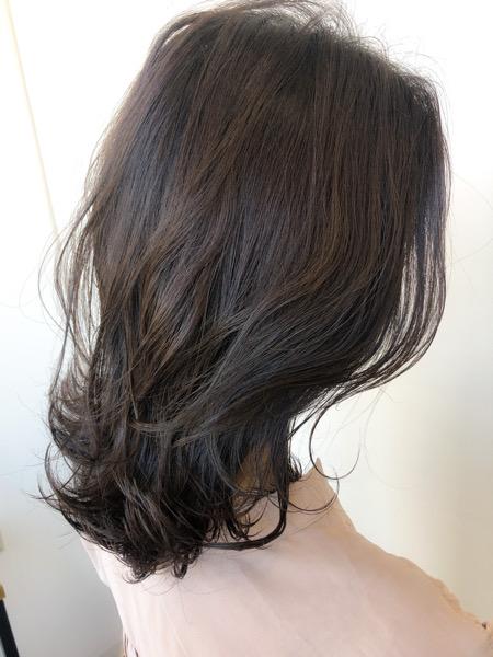 大分県別府市 色落ちも楽しめる!【ネイビーグレージュ】の艶髪カラー アフター