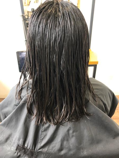 大分県別府市 くせ毛だけどナチュラルにしたい方におすすめ!ストカールで長めワンカールボブ ビフォー
