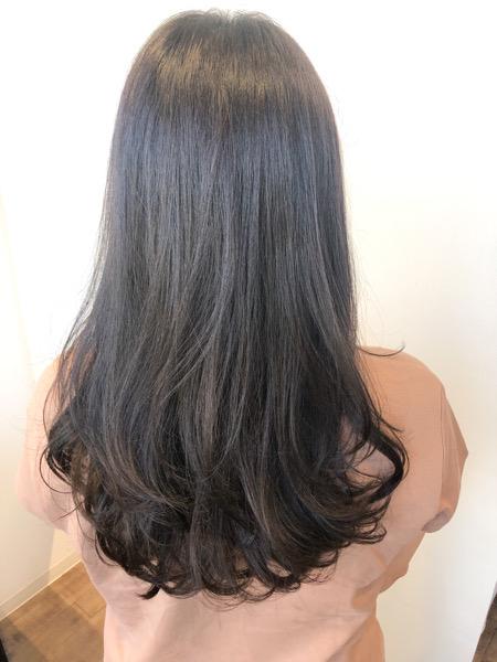 大分県別府市 暗めの髪色でも透明感!暗めアッシュグレージュのヘアカラー アフター