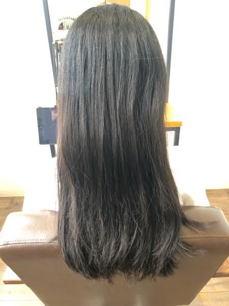 大分県別府市 不自然な縮毛矯正が嫌な方はナチュラルな仕上がりの縮毛矯正で髪質改善ストレート ビフォー