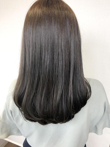大分県別府市 夏におすすめ!明るめアッシュグレージュの艶髪カラー アフター