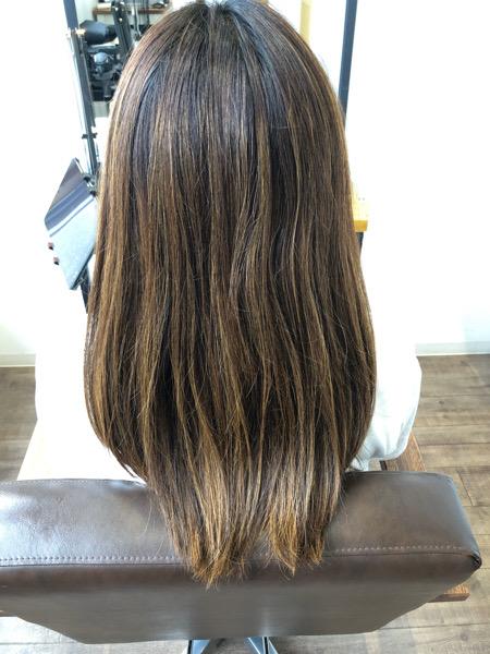 大分県別府市 キンキンに明るくなった髪の毛を暗めのアッシュグレージュに ビフォー