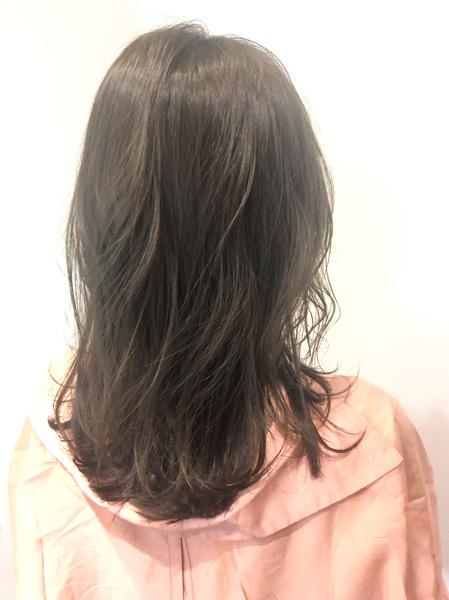 大分県別府市 ブリーチなしでも綺麗な透明感。アッシュグレージュの髪色 アフター