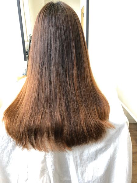 大分県別府市 髪の毛が明るくなりにくいように【暗めアッシュグレージュ】の艶髪カラー【オッジィオット取り扱い】 ビフォー