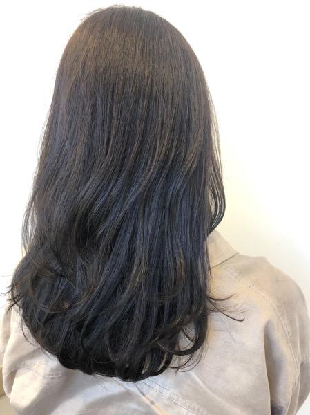 大分県別府市 髪の毛が明るくなりにくいように【暗めアッシュグレージュ】の艶髪カラー【オッジィオット取り扱い】 アフター