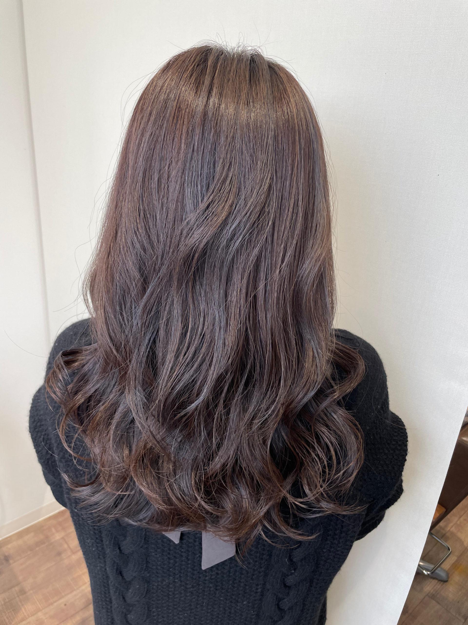 大分県別府市 金髪から上品なラベンダーグレージュへのヘアカラー アフター