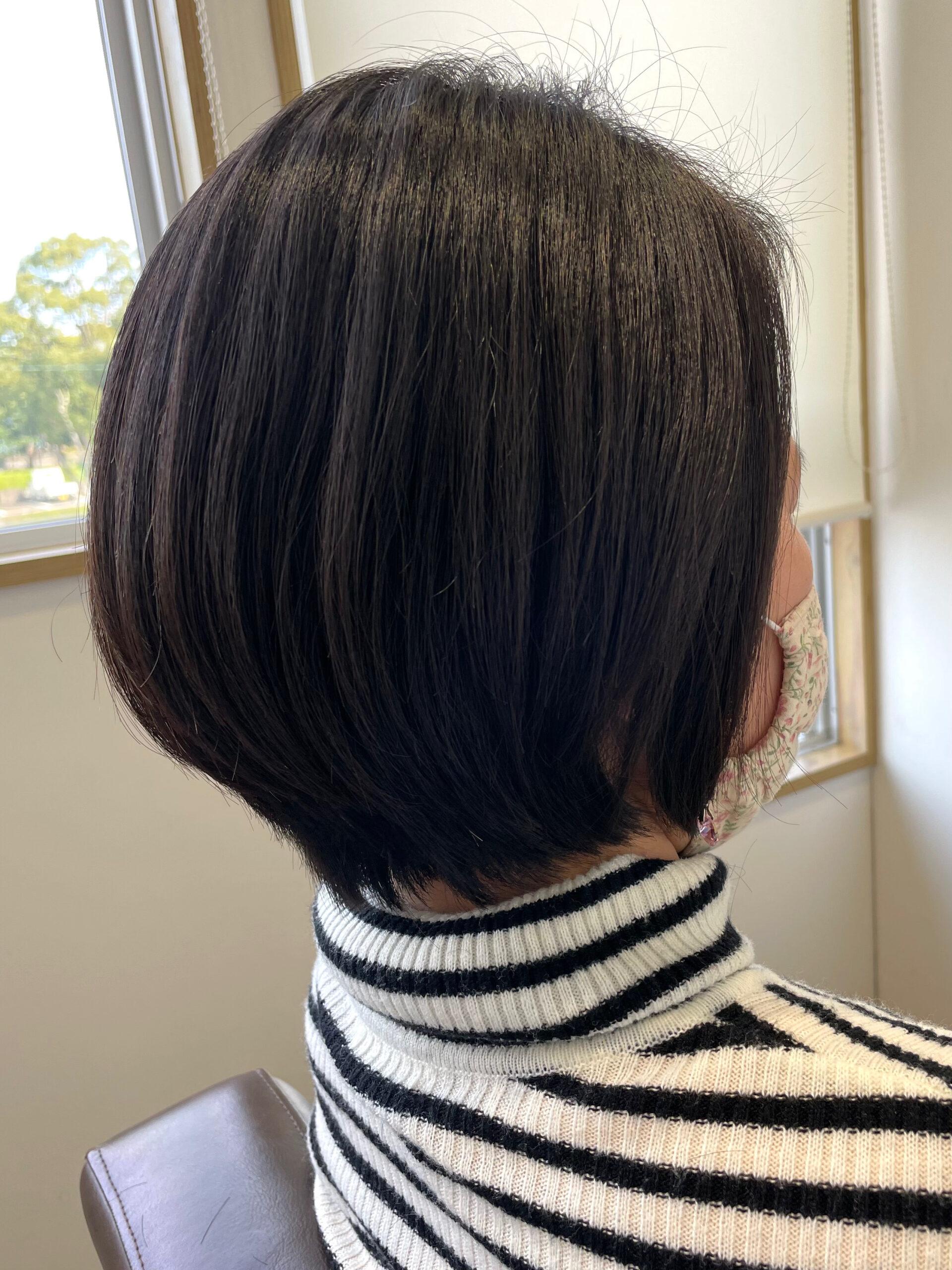 大分県別府市 癖でボリュームが出る髪の毛を弱酸性の縮毛矯正(ストレート)でボリュームダウン アフター