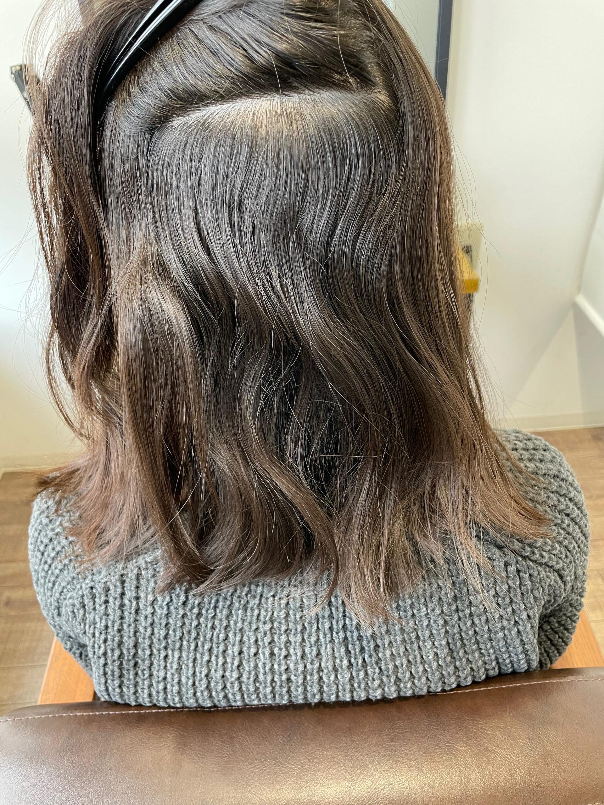 大分県別府市 弱酸性の縮毛矯正でツヤツヤ、サラサラのストレートヘア ビフォー