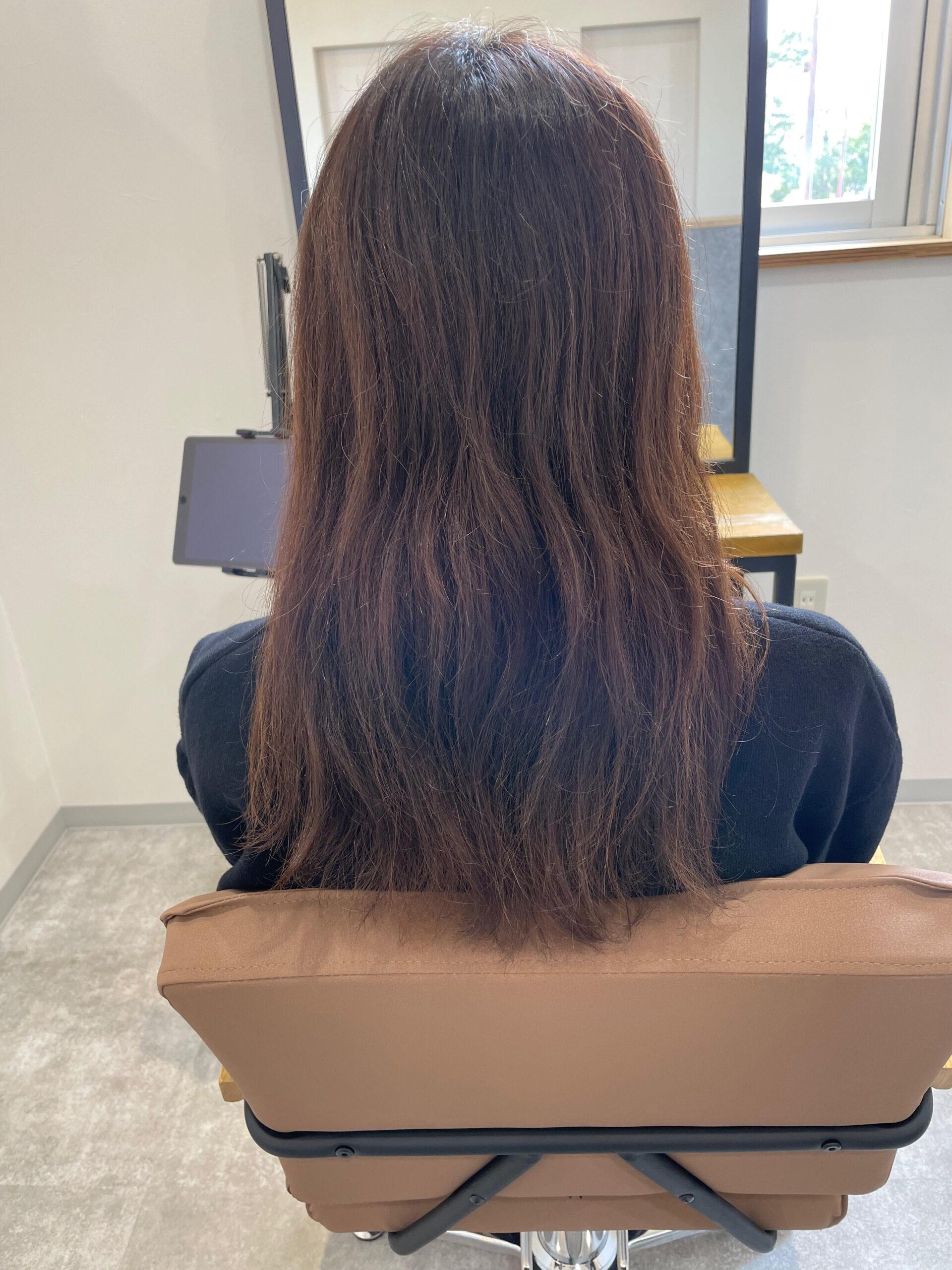 大分県別府市 弱酸性のストレートで髪の毛を扱いやすく ビフォー
