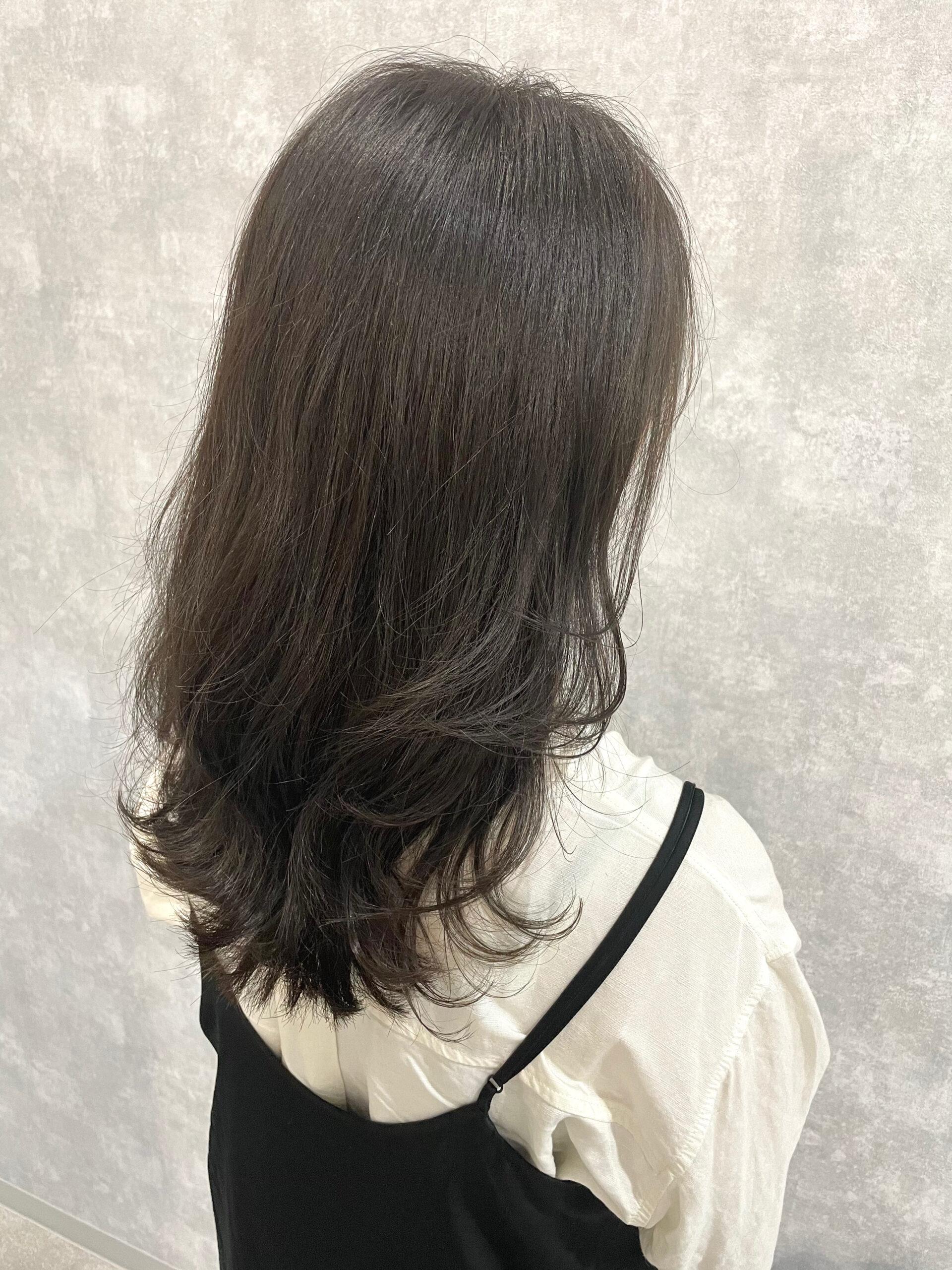 大分県別府市 髪色が明るくなるのが嫌な方にオススメ!暗めアッシュグレージュのヘアカラー アフター