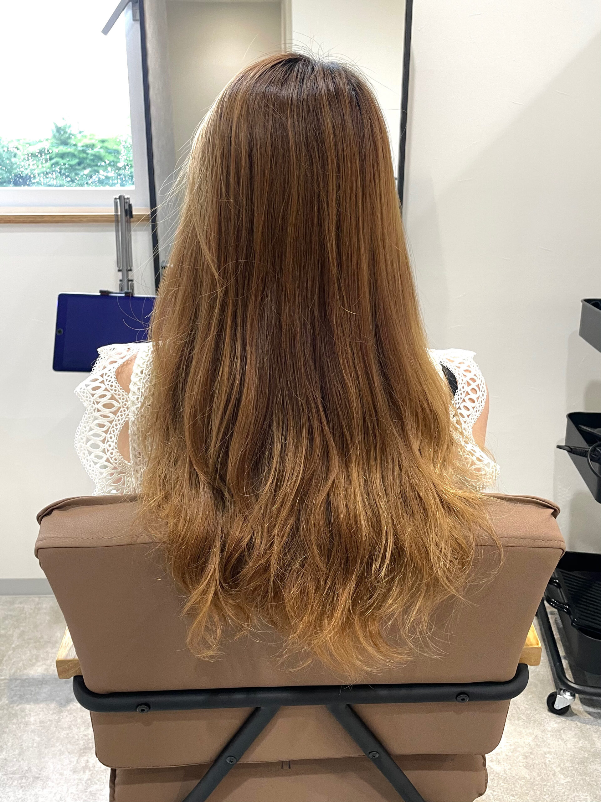 大分県別府市 ハイダメージの髪の毛でも柔らかい仕上がりのストカール ビフォー