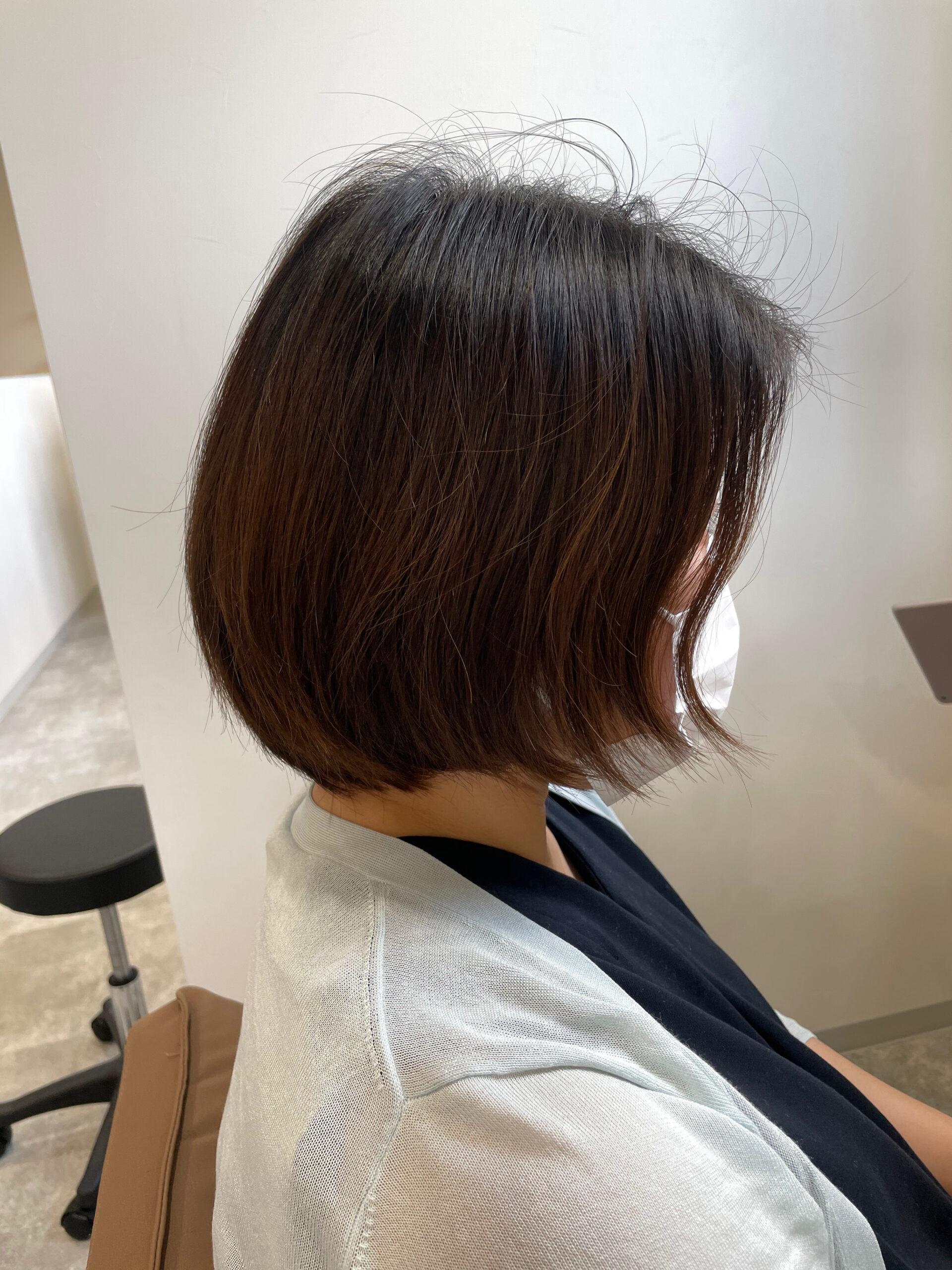 大分県別府市 暗髪×ショートヘアでクールショートのヘアスタイル ビフォー