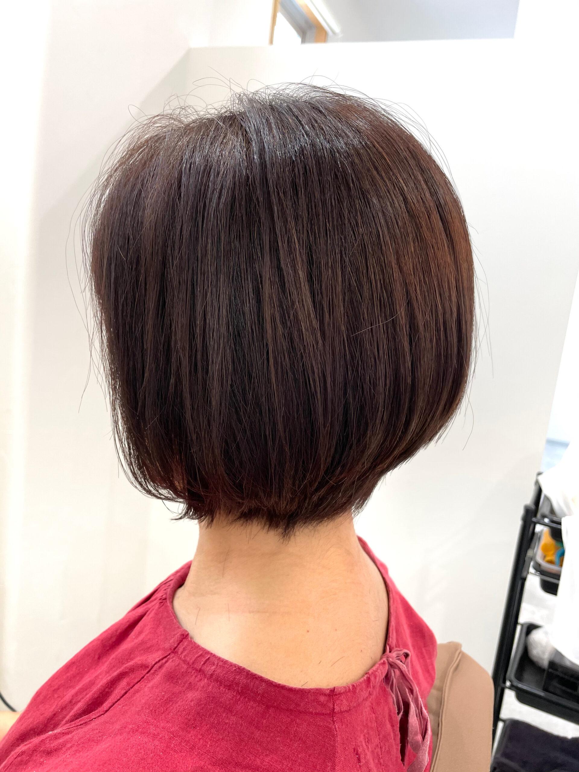 大分県別府市 伸びっぱなしの髪の毛をショートボブにばっさりカット アフター