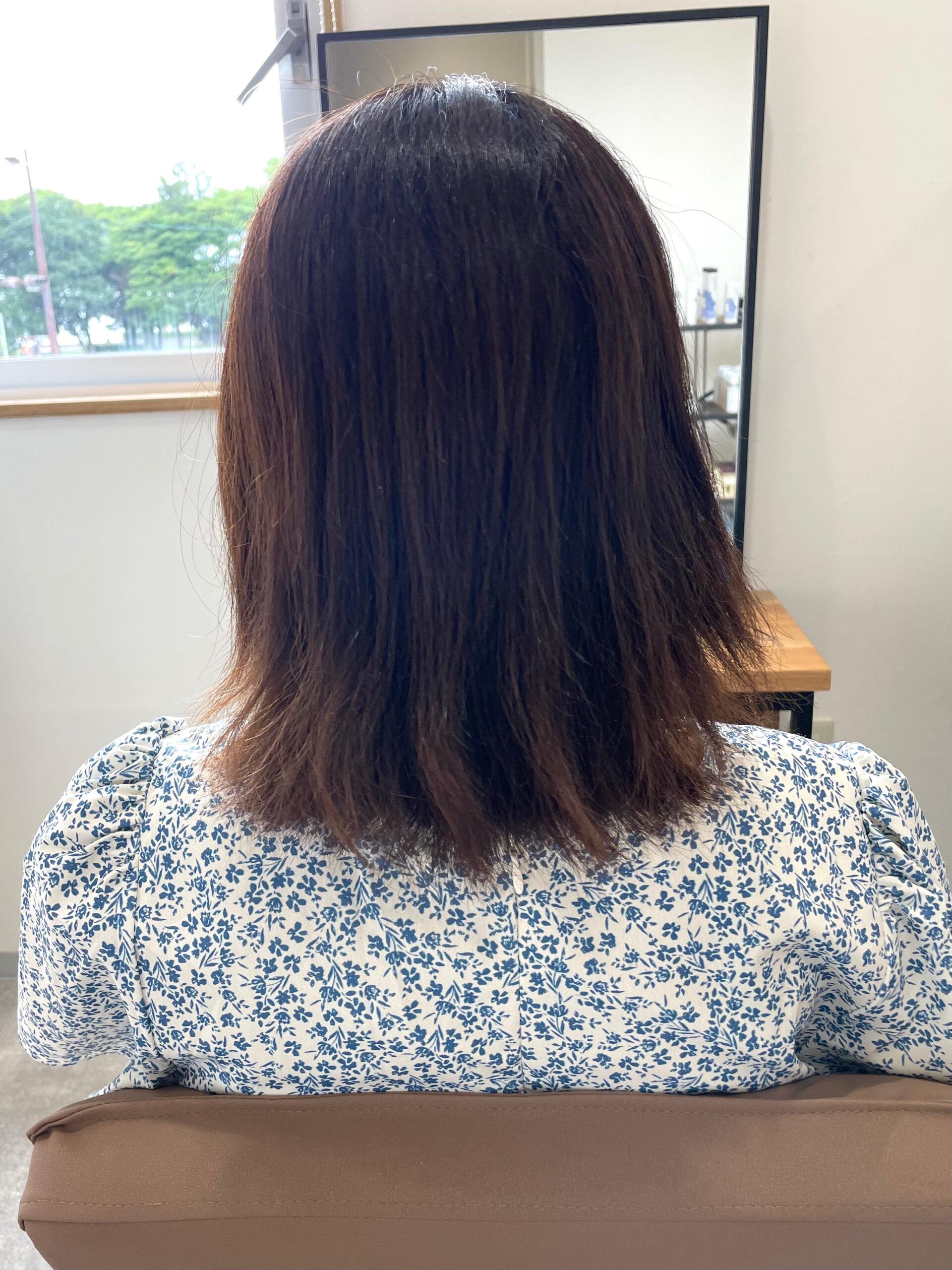 大分県別府市 弱酸性の縮毛矯正とトリートメントでダメージ毛も綺麗なストレートヘア ビフォー